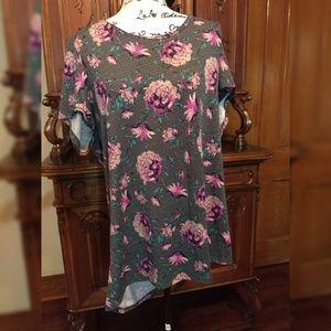 Lularoe 3x Classic T Shirt Floral